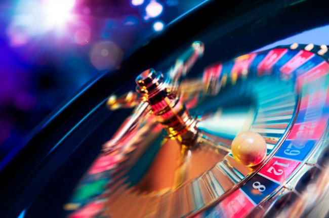Online casinos start to offer genuine free spins to players