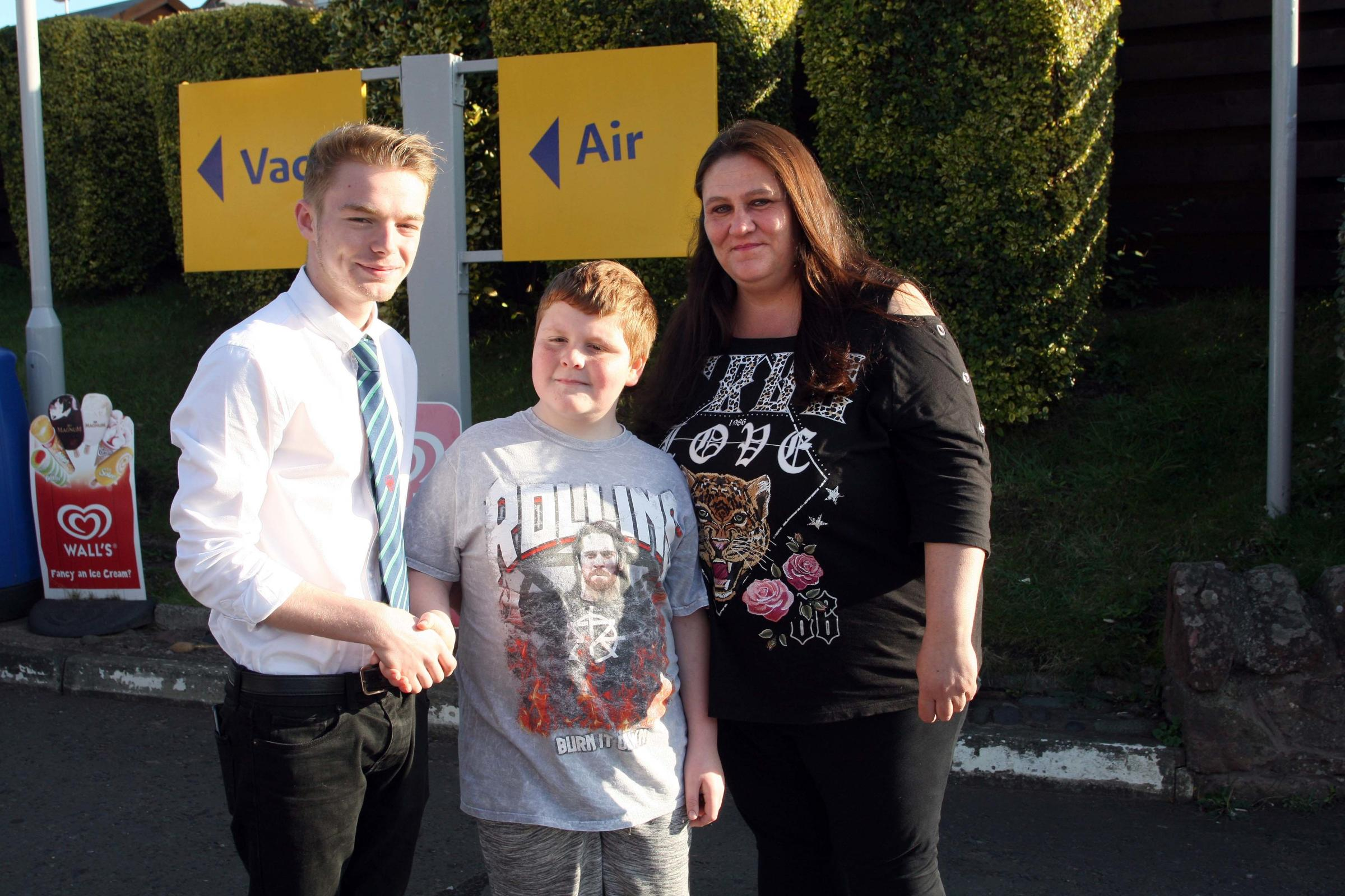 Mum praises teenager who came to her autistic son's aid
