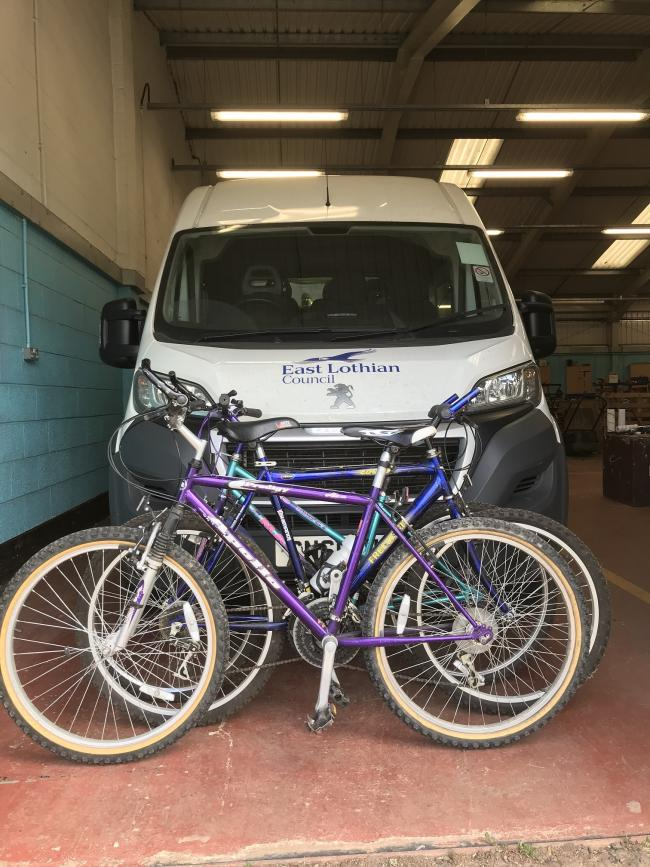 Mountain bikes reconditioned for young people