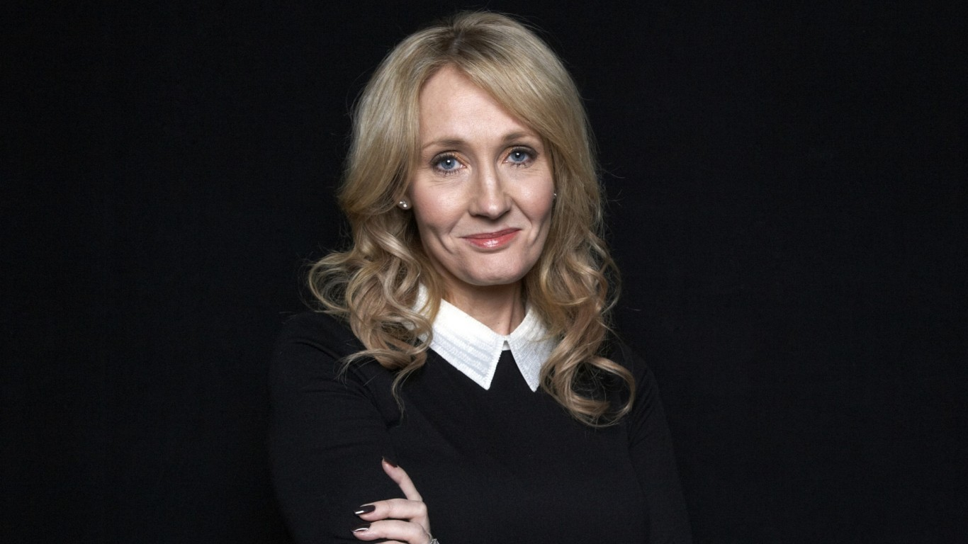 JK Rowling says Leave campaign partly directed by 'racists and bigots'