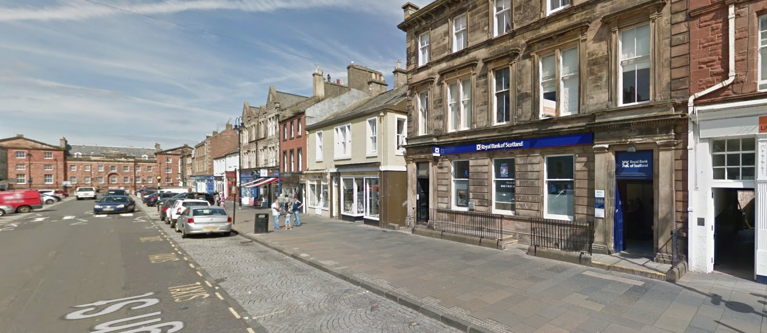 The RBS in Dunbar will close this year. Image Google Maps