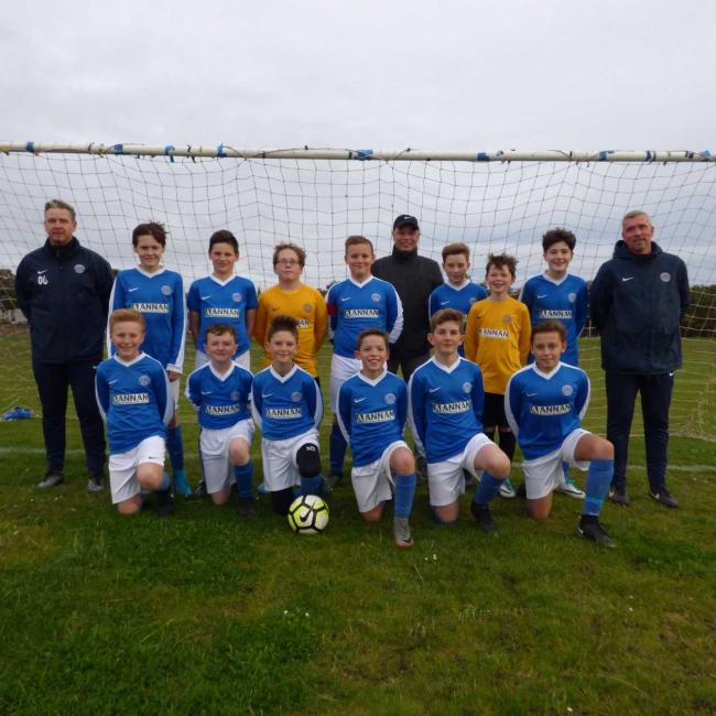 Musselburgh Windsor Blues with their new strips and Michael Annan (centre, back row)