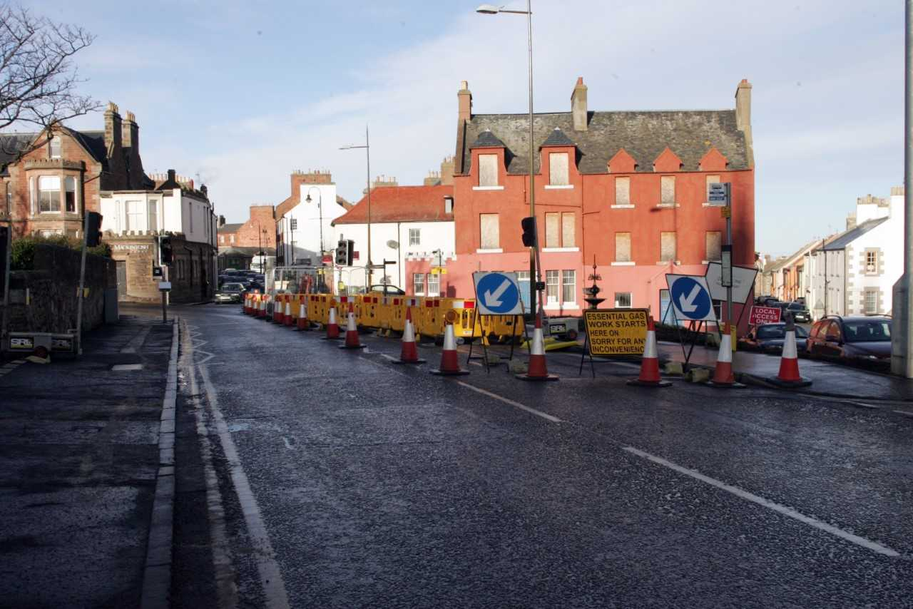 Roadworks at the end of Dunbar High Street have caused concern