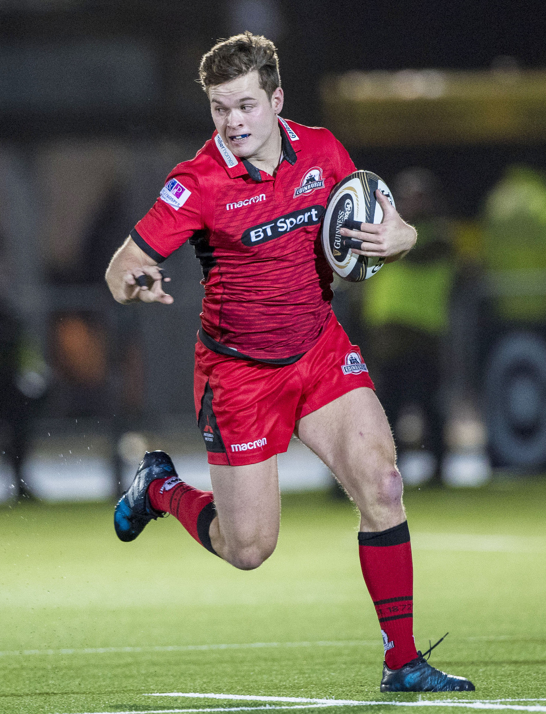 Chris Dean has agreed a new Edinburgh Rugby deal. Image SNS Group/Scottish Rugby