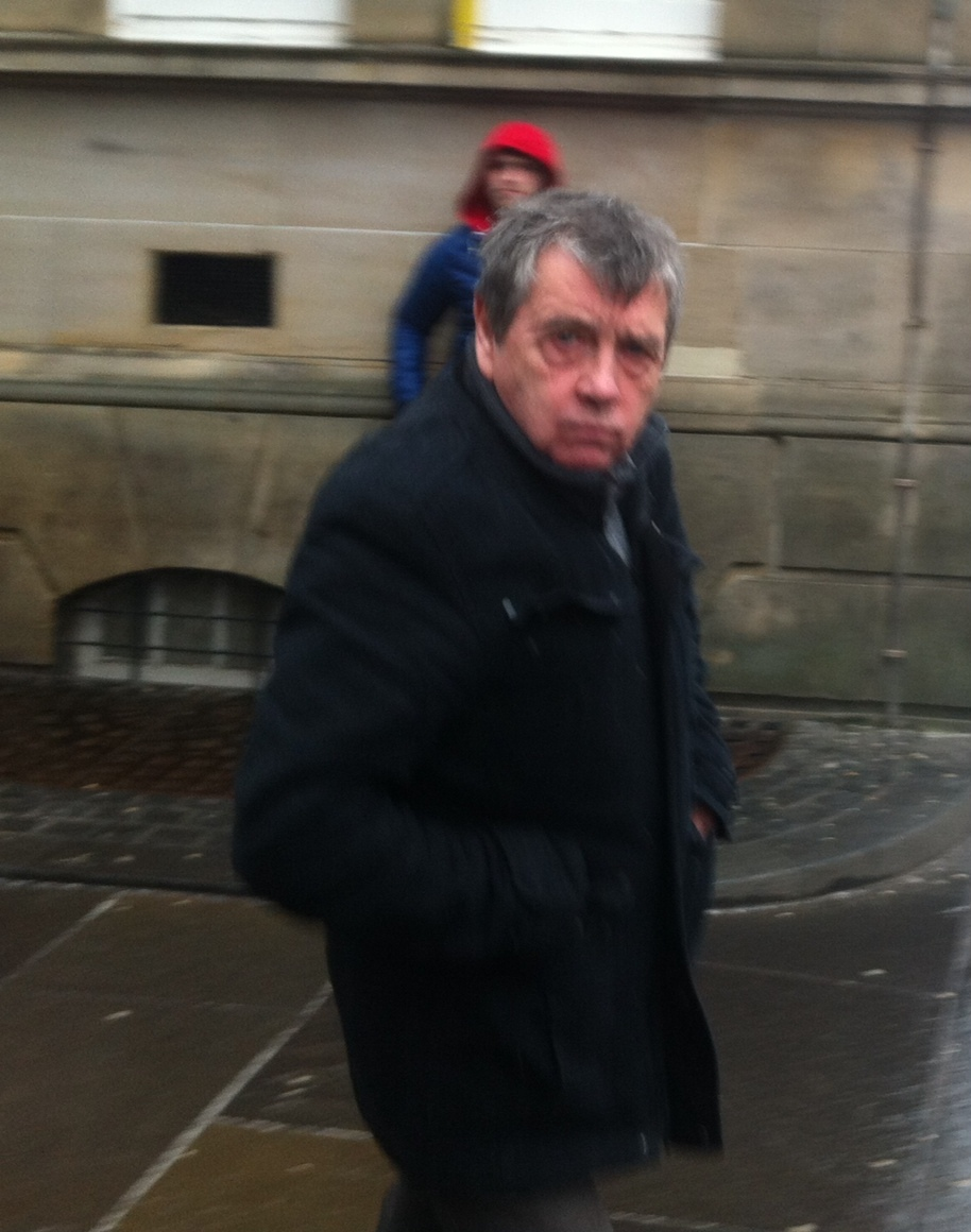 Alan Kay outside Edinburgh Sheriff Court