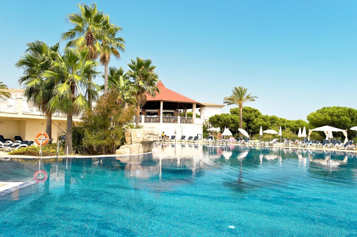 Thomas Cook Opens Two New Sentido Hotels In Costa De La Luz With