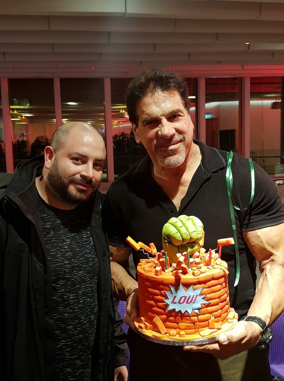 Musselburgh Baker Creates Birthday Cake For The Incredible Hulk Star