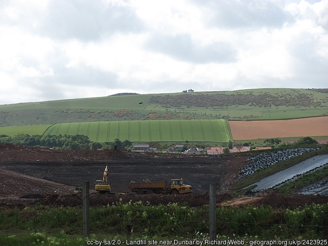 Dunbar landfill site. Image copyright Richard Webb and licensed for reuse under Creative Commons Licence